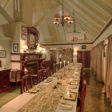 Absorb our elegant Edwardian atmosphere at dinner